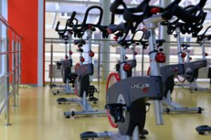 sports palestra con ciclette